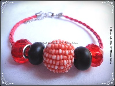 Bracciale in pelle rossa tubolare con perle Trollbeads  - Rosso