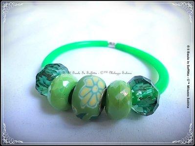 Bracciale in caucciù e perle Trollbeads - Colore Verde Fluo
