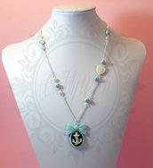 collana cammeo ancora bianco nero, base fiocco azzurro menta, cuore madreperla, perle cangianti azzurre bianche-goth lolita pinup rockabilly