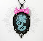 collana lady of the dead 30x40 lolita skeleton cammeo nero e azzurro, nero fiocco rosa pois- muerte goth lolita pin up alternative