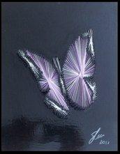 Quadro fatto a mano con fili di seta - Farfalla cangiante