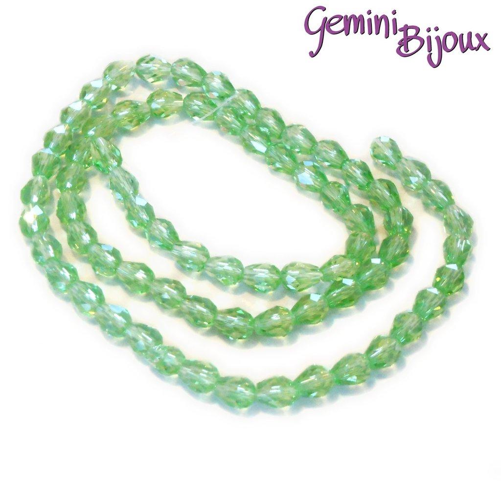 Lotto 10 perle in vetro gocce sfaccettate 9x5 verde chiaro