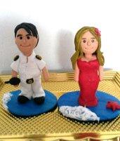 Realizzo creazioni in fimo porta penne cake topper personalizzati matrimoni nozze laurea