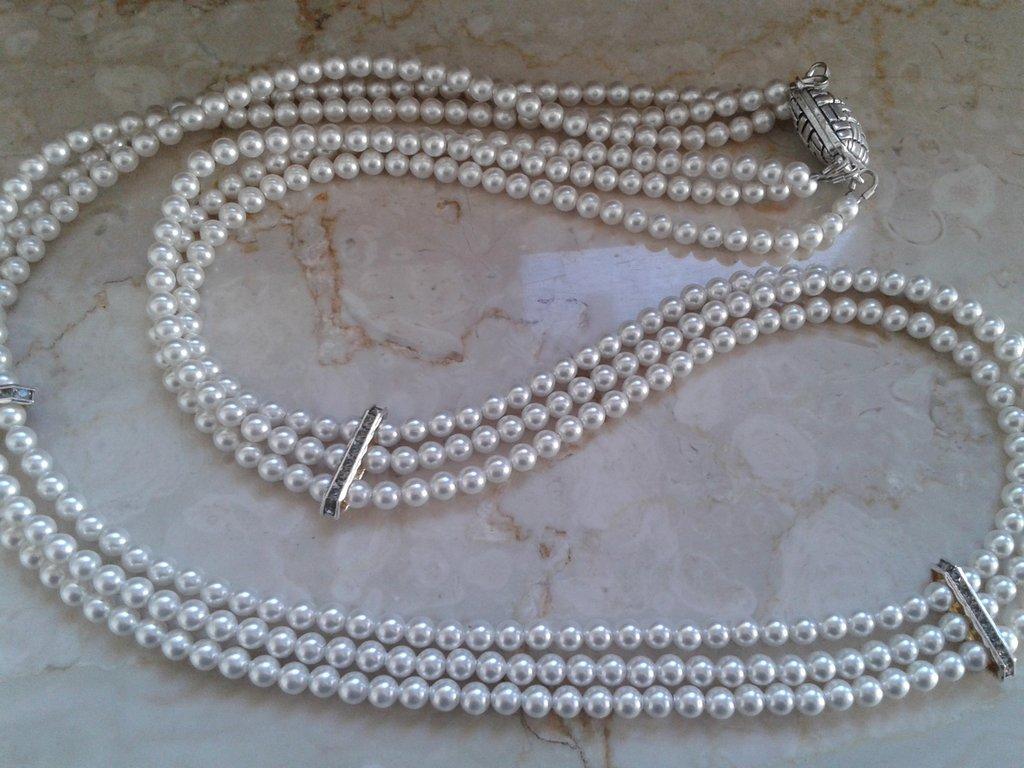 collana tre fili di perline swarovski bianche