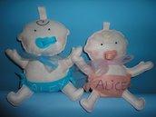 Fiocco nascita bimbo a bordo rosa o azzurro in pannolenci con il nome del bebè