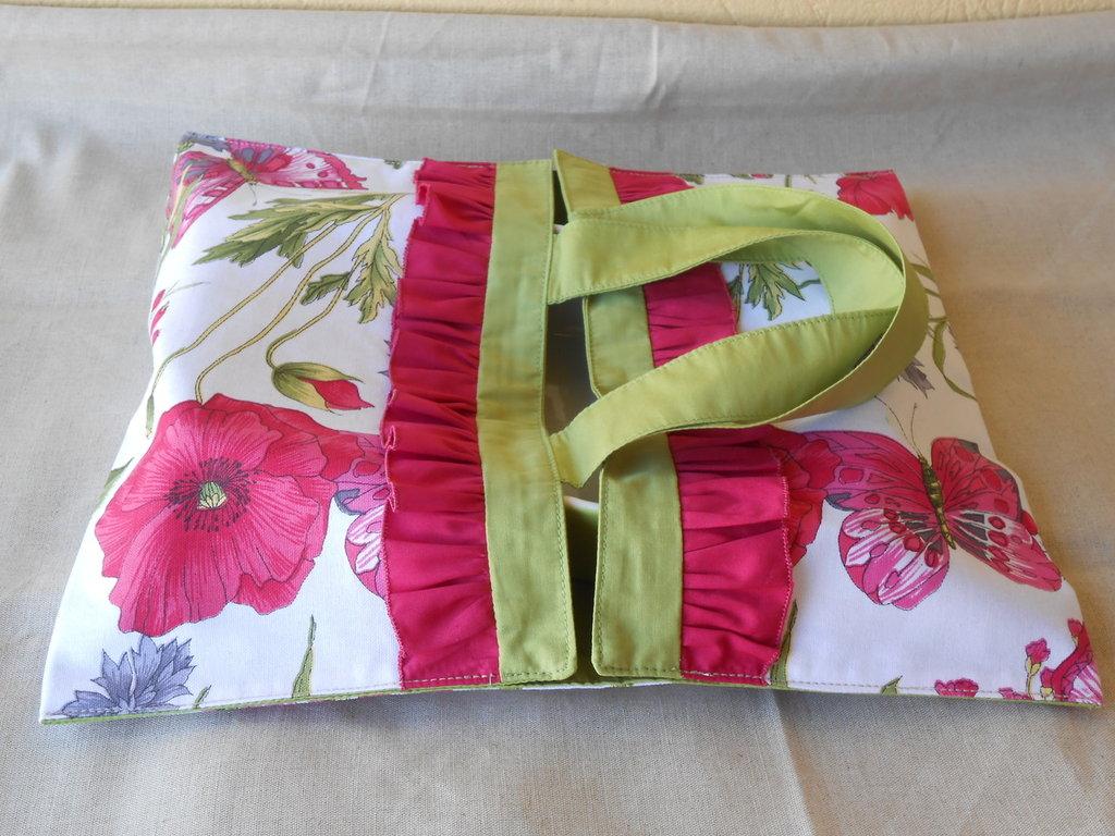 Borsa    portatorta in tessuto collezione PAPAVERI e FARFALLE, idea regalo.