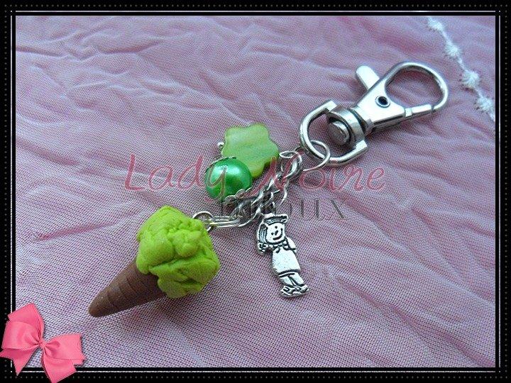 Portachiavi gelato al pistacchio in fimo realizzato a mano
