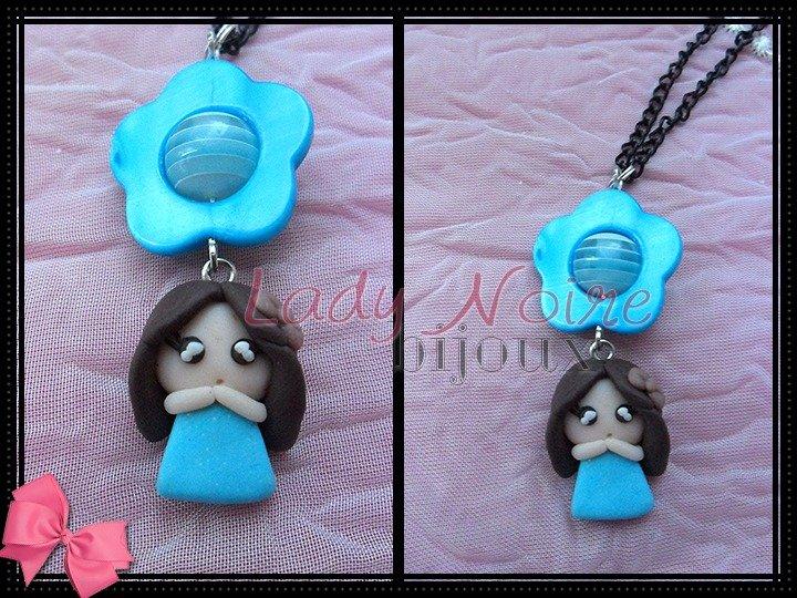 Collana con doll azzurra in fimo realizzata a mano