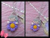 Collana con doll e fiorellino viola in fimo realizzata a mano