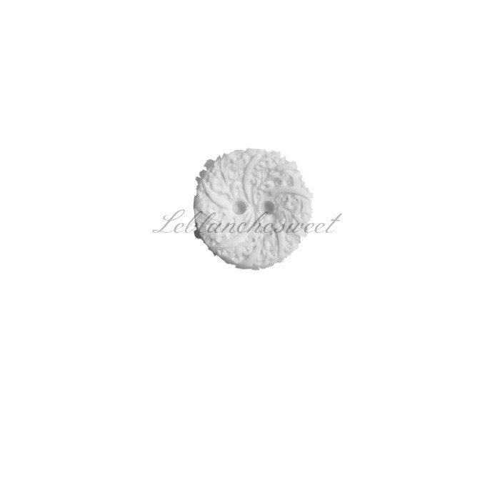 Bottone barocco,gesso profumato