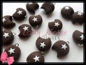 """Lotto 15 ciondoli """"Mooncake"""" pan di stelle in fimo realizzati a mano"""