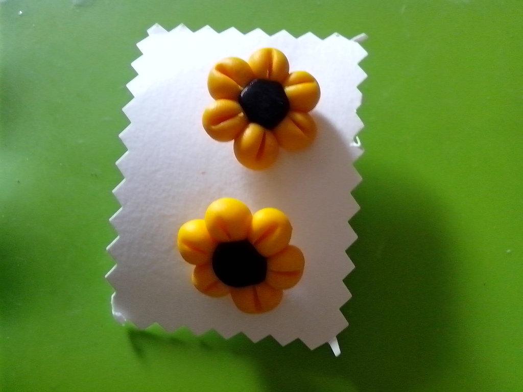 orecchini fiore in fimo