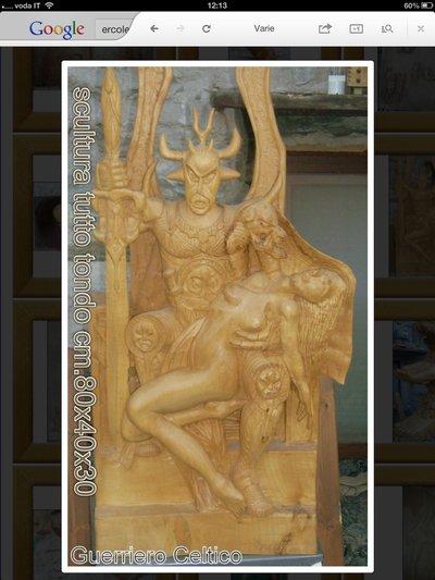 Scultura in legno interamente fatta a mano