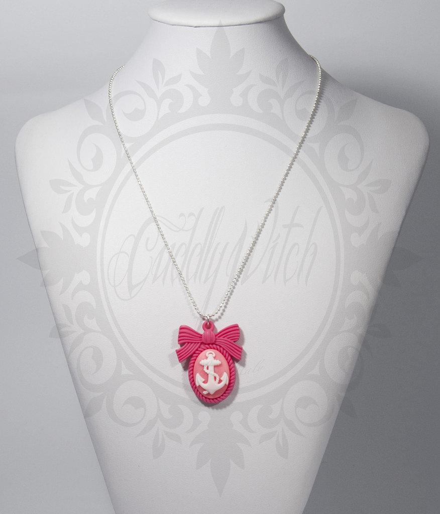 collana. cammeo 25x18 ancora e base fiocco resina bianco e rosa fuxia - pin up rockabilly kawaii lolita retrò