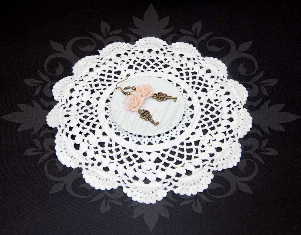 SALDI OFFERTA! orecchini ottone/bronzo, chiavi cuore e roselline rosa chiaro- key antique bronze pin up rockabilly goth lolita kawaii retro