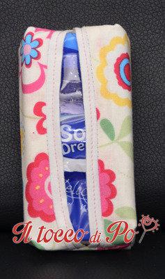 Portafazzoletti in stoffa bianca a fiori, porta cleenex, porta fazzoletti