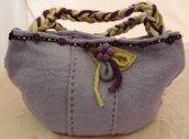 Borsetta a mano in feltro lilla