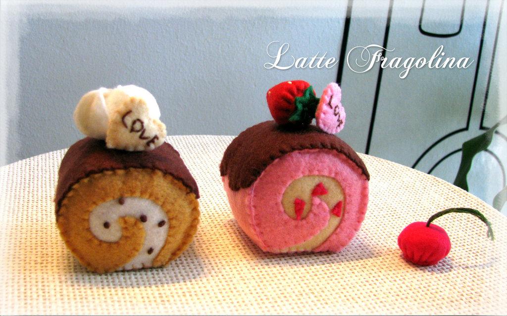 Roll cakes in feltro - swiss roll giocattolo per bambini