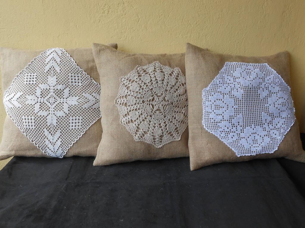 Eccezionale Tris di cuscini PIZZO e BALLA in tela juta , idea regalo shabby  YA53