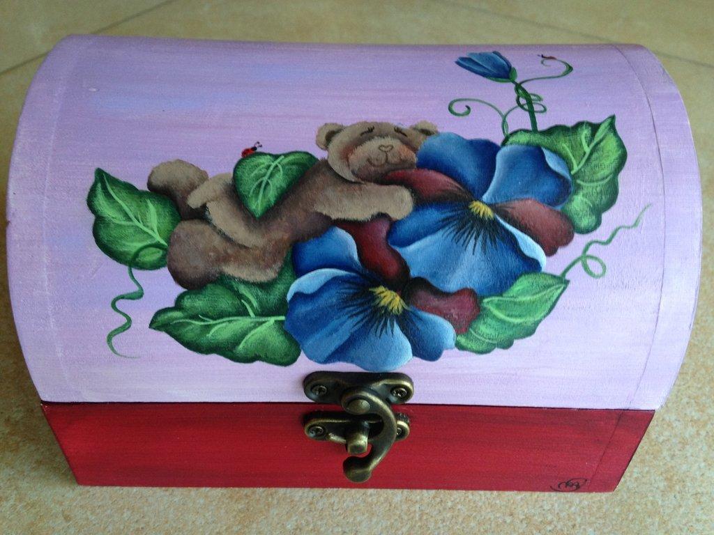scatolina portaoggetti orsetta e pansè