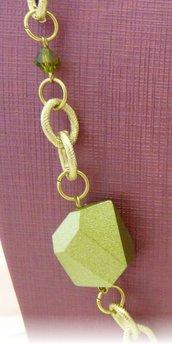 collana lunga in verde