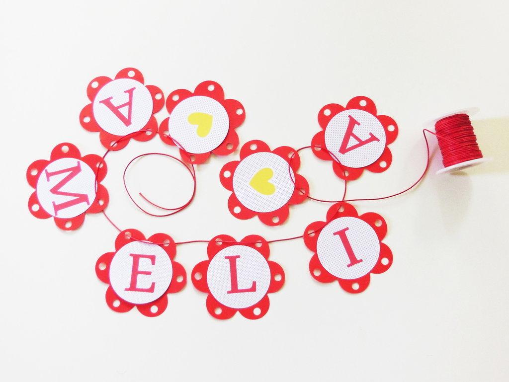 Ghirlanda di carta: nomi, auguri, frasi scritte in lettere stampate su cartoncino per la tua festa!