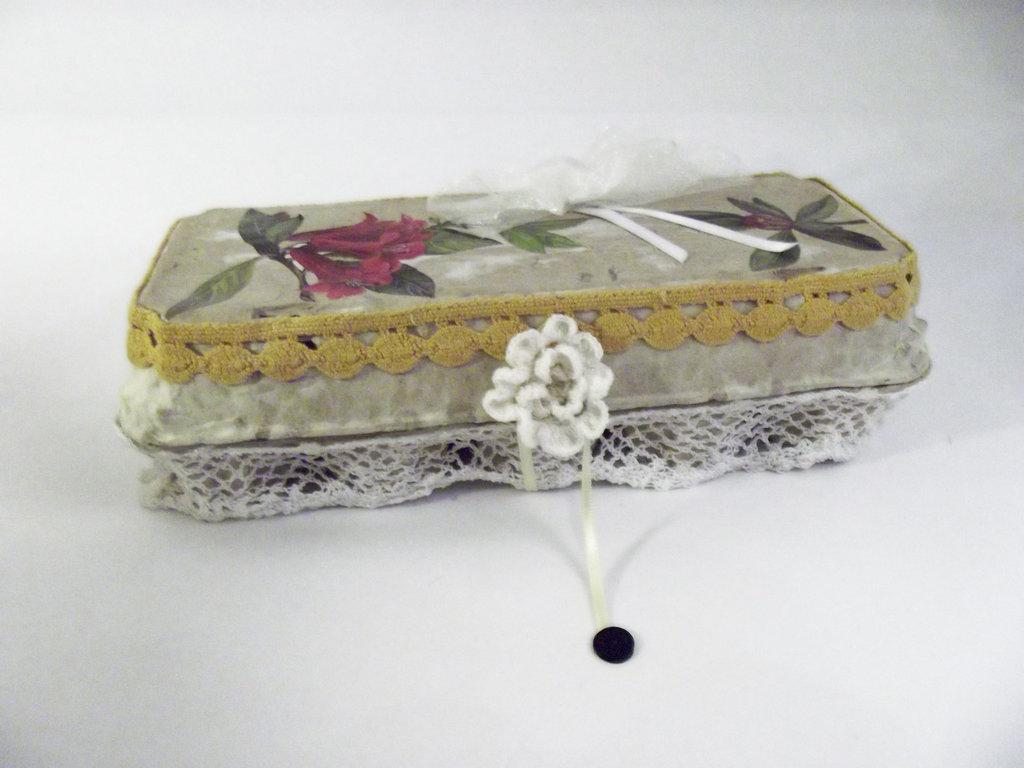Portagioie riciclato realizzato a mano, Set da cucito o Porta trucchi, Porta caramelle, Portauova svuotatasche
