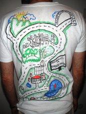 Pista per macchinine su T-Shirt - Idea regalo papà-uomo