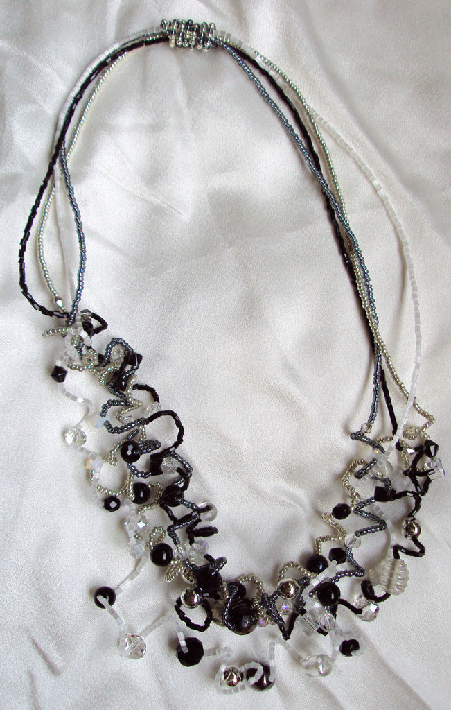 "Collana perline ""Silver Black"""