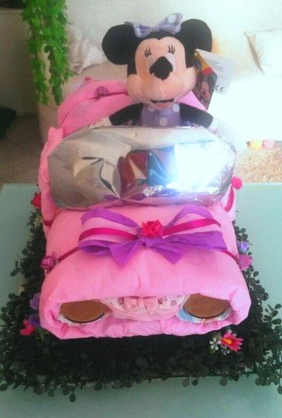 Torta Automobile Pannolini Minnie rosa regalo nascita battesimo triciclo moto auto