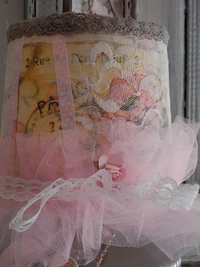 cappellino lampada frou-frou
