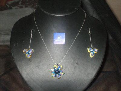 collana e orecchini di swarovski