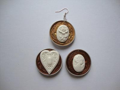 Orecchini Nespresso + miniature cuore/cameo viso donna
