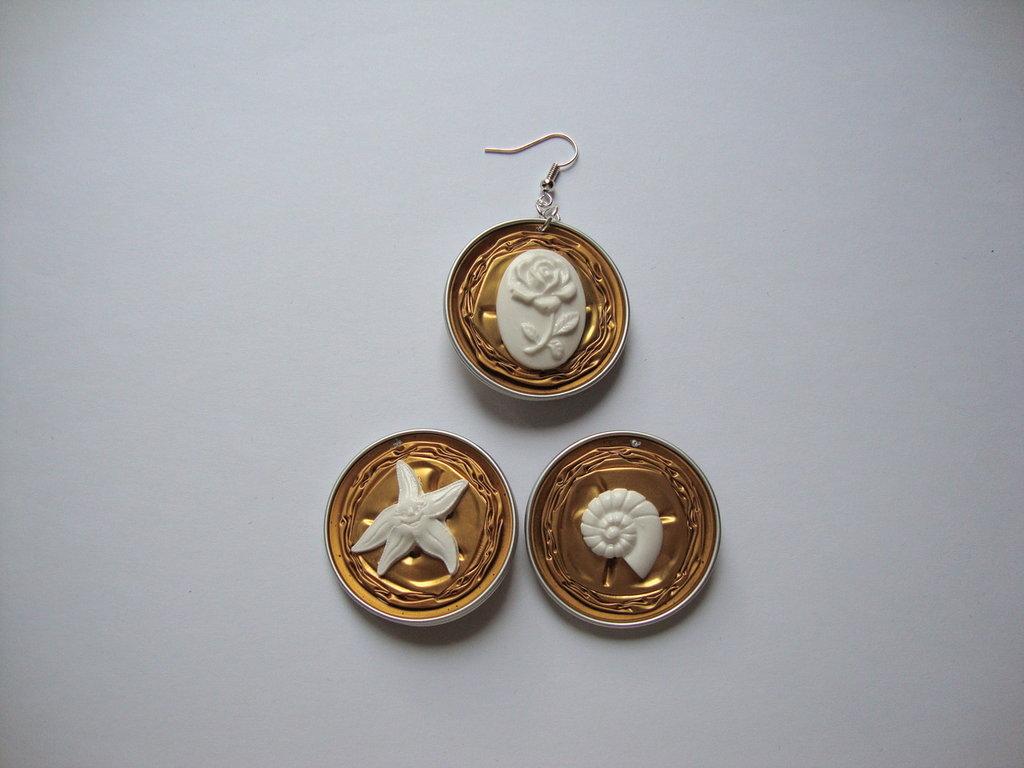 Orecchini Nespresso + miniature stella marina ridente/conchiglia