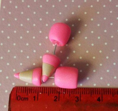 Orecchini matitina rosa fluo con perno in fimo