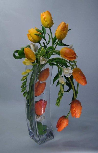 Video corso professionale modellazione del fiore di TULIPANO in porcellana fredda o pasta di mais.