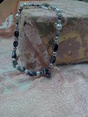 collana corta perla bianca/nera