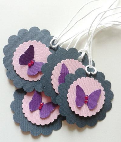 Etichette chiudi pacco con cuore farfalla