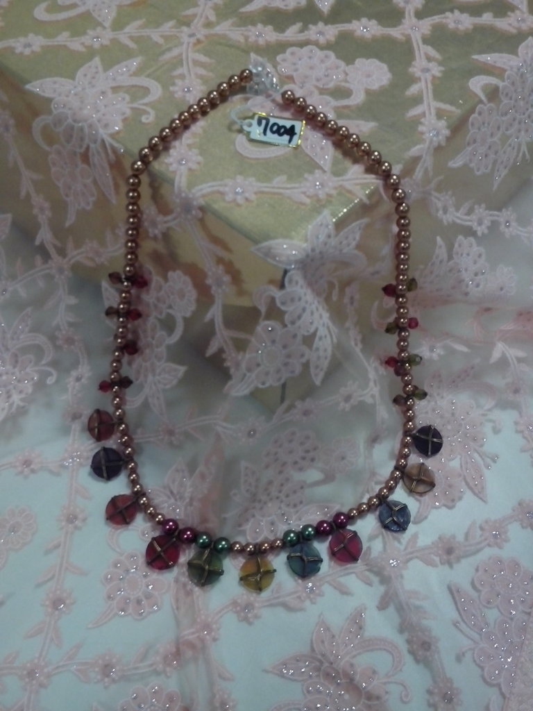 M 004 - Collana media perle vetro rosso verde
