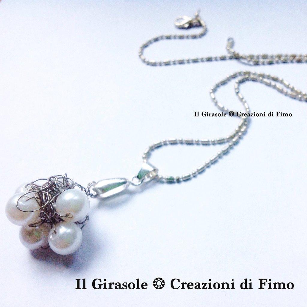 Collana Wire Crochet con intreccio di fili metallici e perle