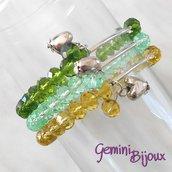 Bracciale tre file semicristalli su filo elastico e pendente cuore, verde-giallo-acqua, fatto a mano