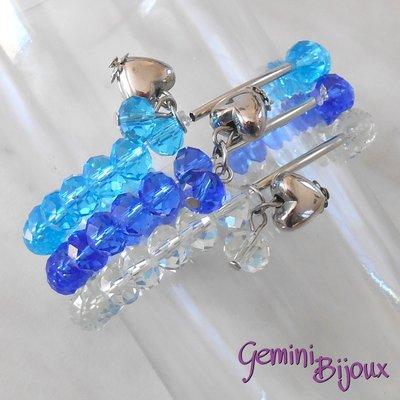 Bracciale tre file semicristalli su filo elastico e pendente cuore, azzurro-crystal-blu, fatto a mano