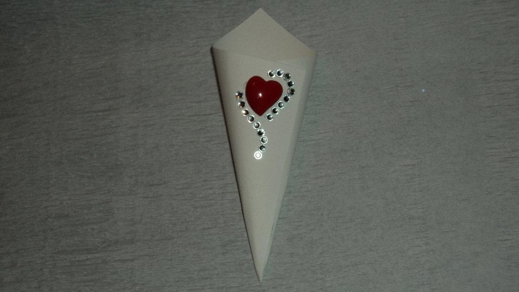 coni riso confettata artigianali cuore rosso strass argento