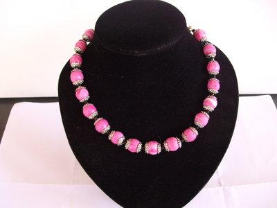 Collana in argento con perle in fimo sfumate fatte a mano.