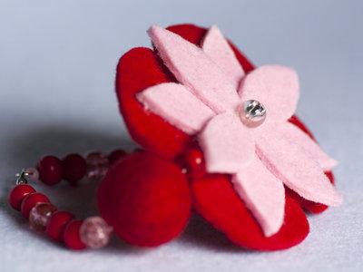 Braccialetto feltro rosso e rosa