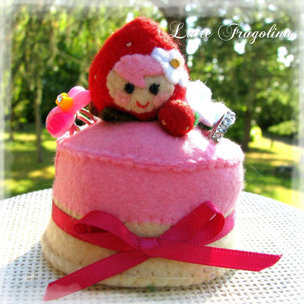 Porta anelli petite strawberry cake - Fragolina