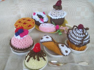 6 dolcetti misti ad uncinetto