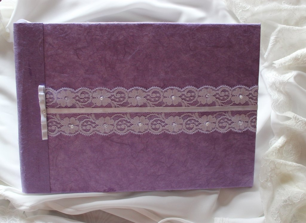 Guestbook con pizzo