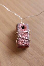 """girocollo in filo d'argento con ciondolo """"rettangolo"""" rosso"""