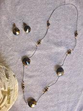 Collana e orecchini etnici